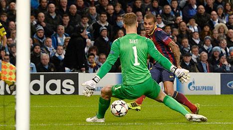 Manchester City vs Barcelona 0:2 durch Alves