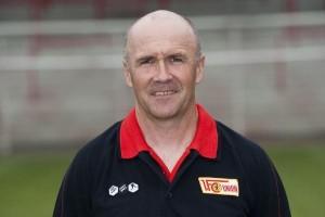 Fitnessplan und Fitnesstraining für zu Hause vom und mit Profi Fitnesstrainer Dirk Keller