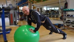 Fitnessplan und Fitnesstraining vom Profi Fitnesstrainer Dirk Keller