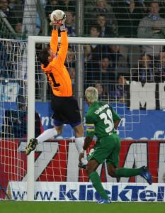Rene Renno im Bundesligaspiel gegen den VfL Wolfsburg