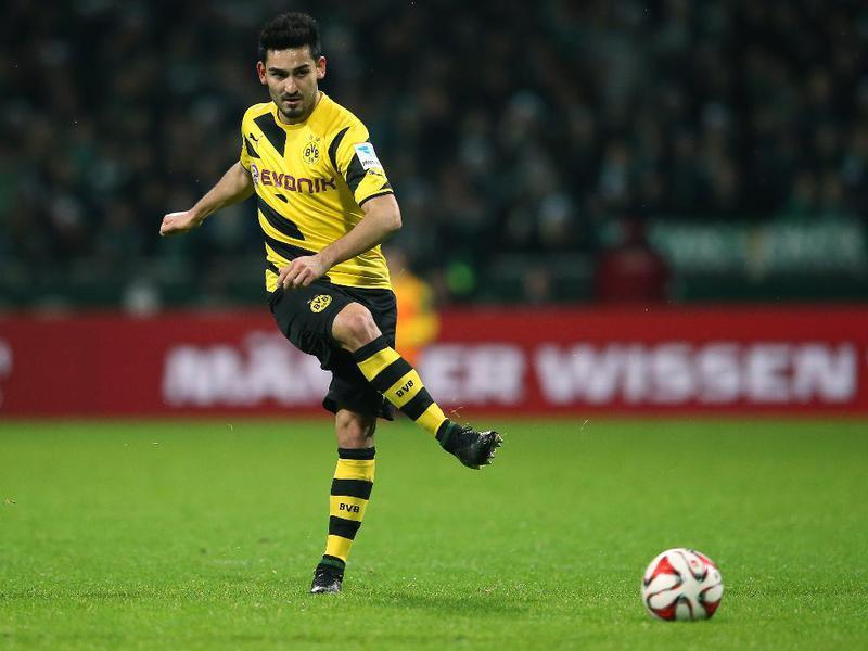 Fussballtraining Passen Gündogan Passqoute Bundesliga
